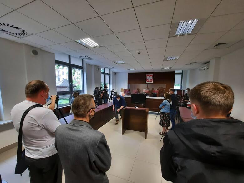 Wyrok na pastora Pawła Chojeckiego zapadł w czwartek o godz. 9. Oskarżony nie stawił się w sądzie. Cztery godziny później skomentował rozstrzygnięcie