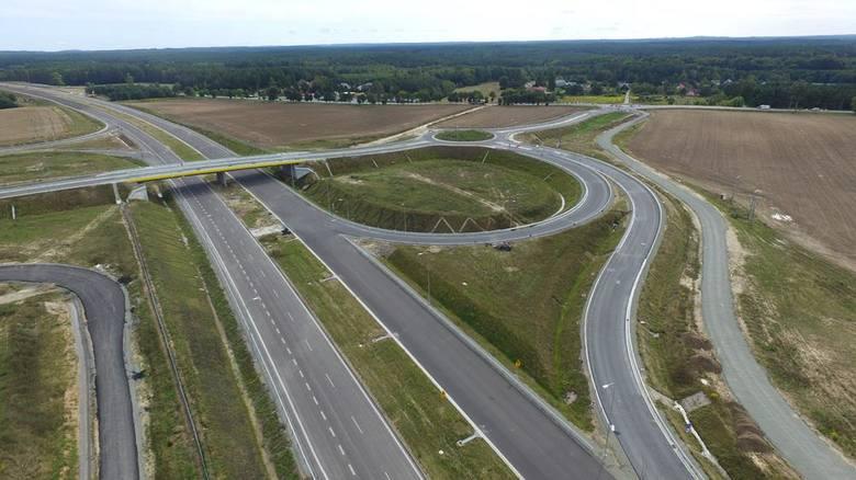 Trwają prace przy budowie obwodnicy Koszalina i Sianowa w ramach drogi ekspresowej S6. Zobaczcie najnowsze zdjęcia z prowadzonych prac!Zobacz także Piotr