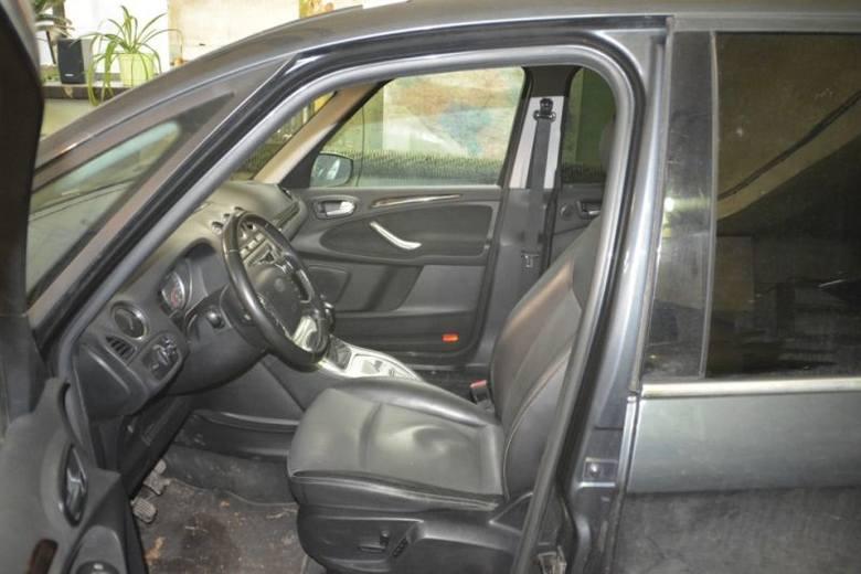 36-latek sam ukradł swojego vana. Dostał odszkodowanie, teraz może trafić na 8 lat za kraty (zdjęcia)
