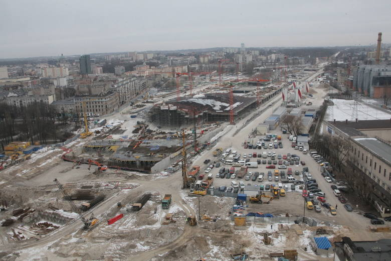 Pociągi mają kursować z nowego dworca Łódź Fabryczna przed końcem tego roku - pisaliśmy w pierwszej połowie stycznia. - Będą musiały przejeżdżać przez