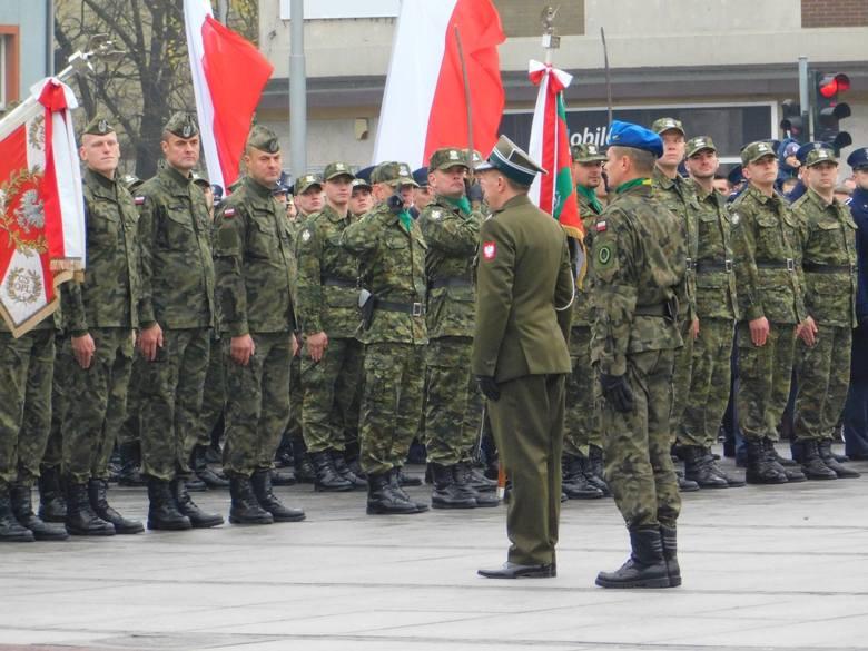 11 listopada obchodzimy 100-lecie odzyskania przez Polskę niepodległości. W Koszalinie główne uroczystości odbyły się na Rynku Staromiejskim.