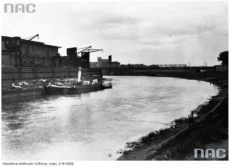 Port na Warcie - 1935 rok