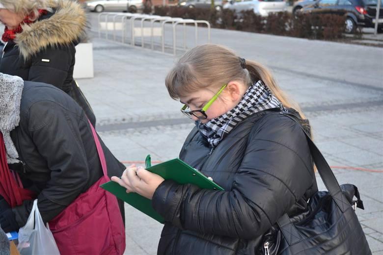 Częstochowa: Antyrządowa manifestacja w Dzień Kobiet