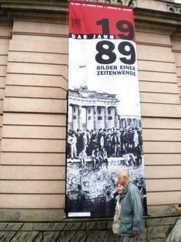 O obaleniu komunizmu przypominają w Berlinie wystawy, koncerty, happeningi Fot. Jarosław Kostrzewa
