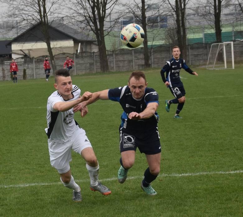 Watkem Korona Bendiks Rzeszów ograła KS Wiązownica 3:1 w sobotnim meczu 4 ligi podkarpackiej odnosząc czwarte zwycięstwo w pięciu wiosennych meczach.
