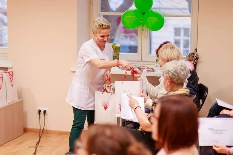 - Kosmetykoterapia przywraca kobietom wiarę w siebie - przyznaje pani Aneta