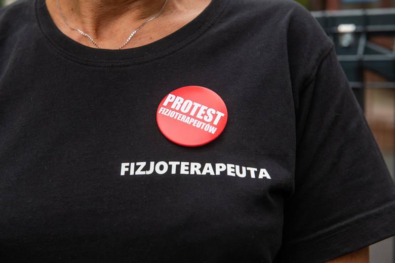 Fizjoterapeuci i diagności to pracownicy służby zdrowia, którzy przez ostatnie dwa tygodnie protestowali, domagając się zwiększenia wynagrodzeń. Jedni