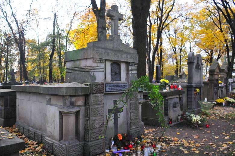 Helena Modrzejewska - uważana za najwybitniejszą polską aktorkę XIX wieku. Urodziła się w 1840 r. w Krakowie. Debiutowała w 1861 r., od 1865 r. była
