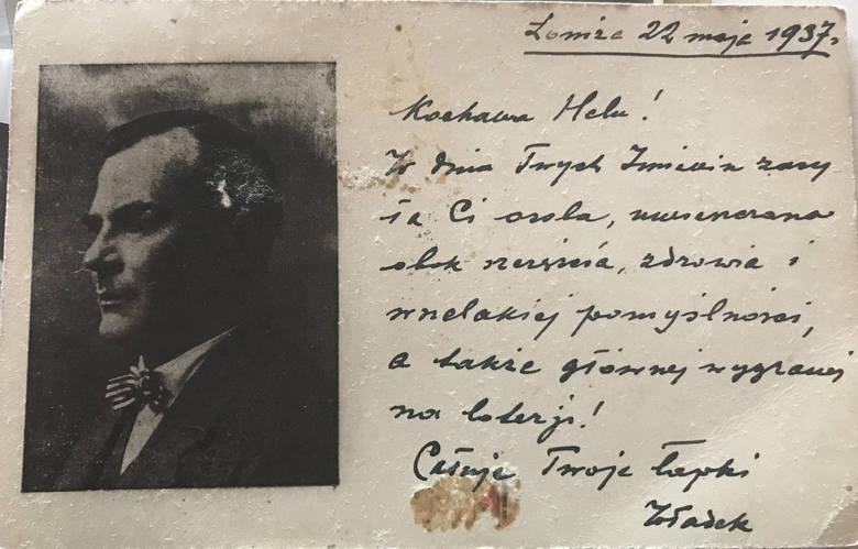 Rafał Sobierański, prawnuk pierwszego prezydenta Łomży, podczas wizyty w tym mieście złożył kwiaty pod tablicą upamiętniającą pradziadka, widniejącą