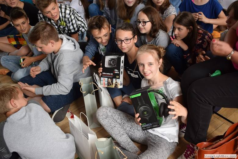"""Dzieje Ostrowi w szkolnym turnieju """"Jeden z dziesięciu"""""""