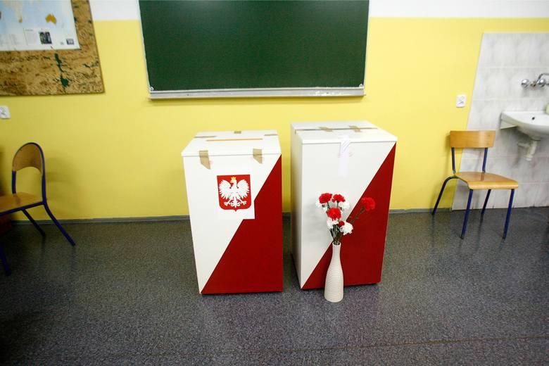Można wziąć udział w głosowaniu w miejscu czasowego pobytu, jeżeli najpóźniej w 5. dniu przed dniem wyborów, czyli do 8 października złożyliśmy w urzędzie