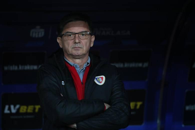Waldemar Fornalik (Piast Gliwice). Kontrakt byłego selekcjonera reprezentacji Polski kończy się co prawda 30 czerwca, ale jest w nim zapis o przedłużeniu