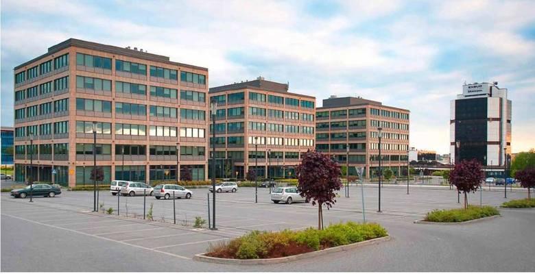 W okolicach biurowców firm należących do kieleckiego przedsiębiorcy  Michała Sołowowa, w jednym z nich mieści się Echo Investment.