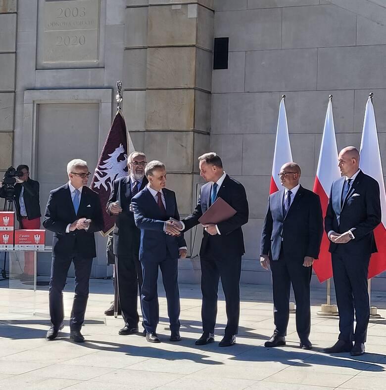 Prezydent Andrzej Duda zapewnił wielkopolskich inicjatorów akcji, że będzie się starał, by rocznica wybuchu Powstania Wielkopolskiego stała się świętem jeszcze w tym roku