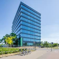 Arkada Business ParkDziesięciopiętrowa, sięgająca  45 metrów Arkada Business Park to najnowocześniejszy kompleks biurowy klasy A w Bydgoszczy (na zdjęciu