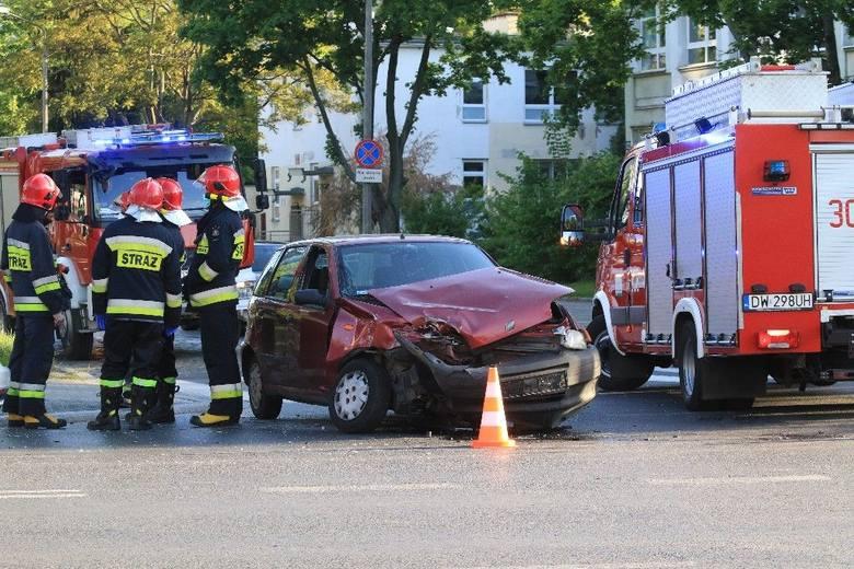 Wypadek na Zachodniej we Wrocławiu. A było czerwone światło