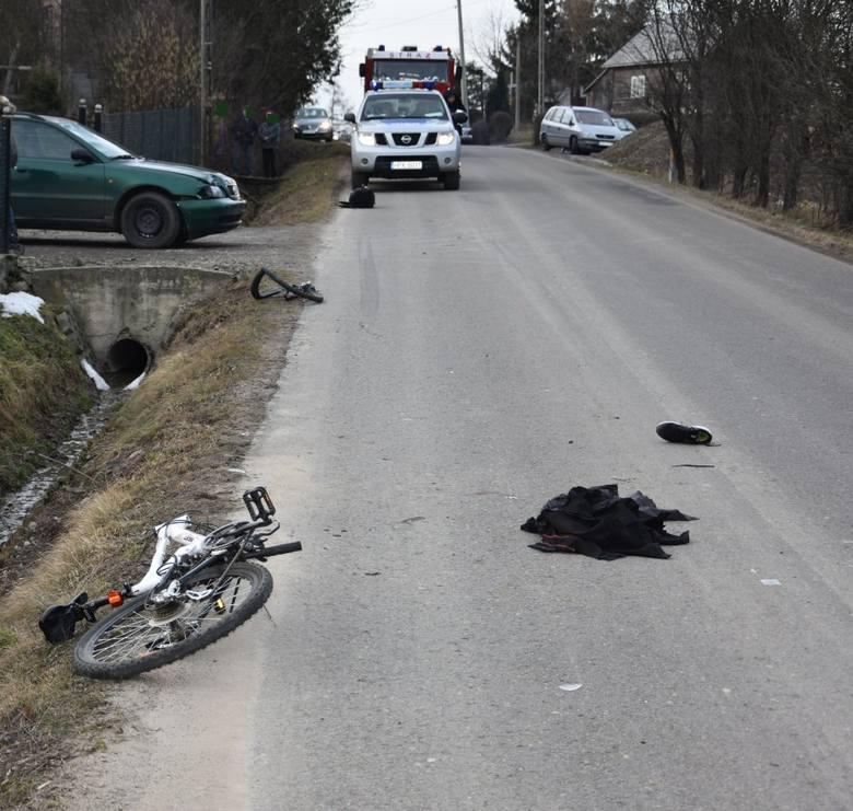Kierujący audi w Golcowej otrącił 17-latkę na rowerze. Dziewczyna ma poważne obrażenia