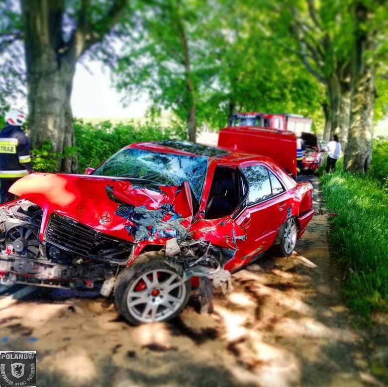 Dzisiaj (wtorek) w Jacinkach (gm. Polanów) na drodze wojewódzkiej nr 206 doszło do wypadku. Zderzyły się dwa samochody osobowe. Jedna osoba została poszkodowana.