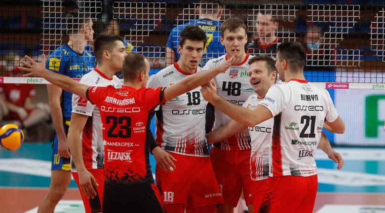 Resovia powitała nowy sezon w swojej hali wygraną za 3 punkty