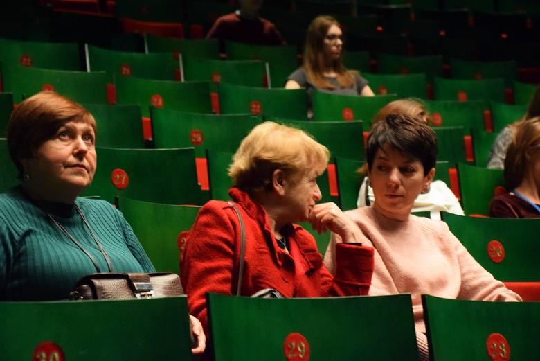 "OiFP. casting do opery ""Eugeniusz Oniegin"""