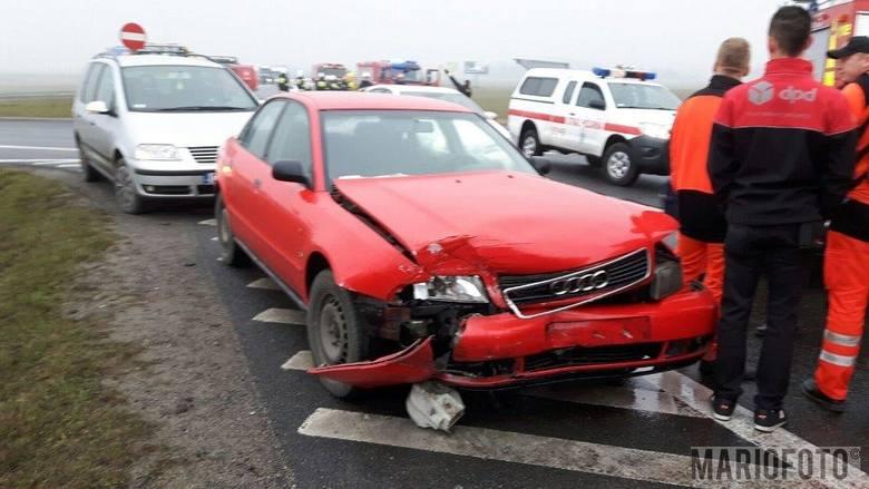 20-letnia kobieta kierująca mazdą wymusiła pierwszeństwo na samochodzie audi, który prowadziła 48-latka. Takie są ustalenia policji po wypadku, do którego