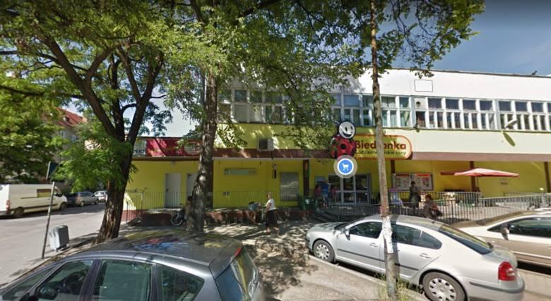 Agencja Mienia Wojskowego szuka najemców nieruchomości położonych na terenie całego Wrocławia. W ofercie są m.in. garaże, lokale użytkowe i biura. Do