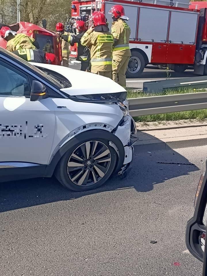Wypadek w Białymstoku. Na ulicy gen. W. Andersa zderzyły się dwa auta