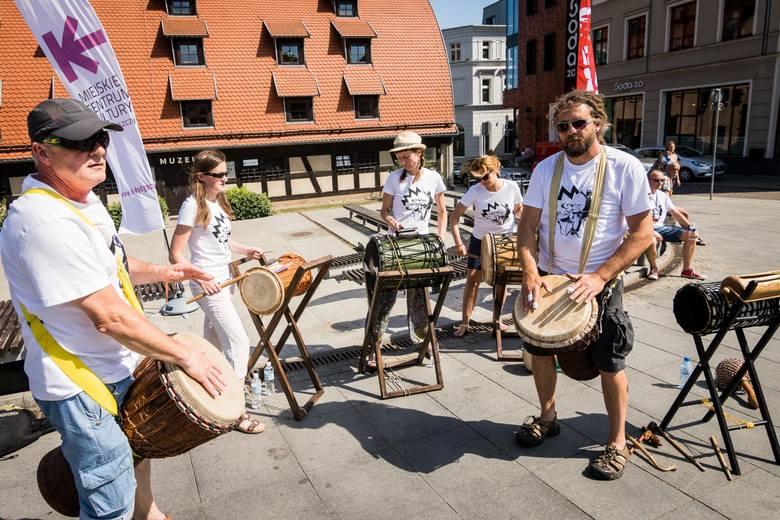 Dziś (poniedziałek) w Bydgoszczy rozpoczął się 12. Międzynarodowy Festiwal Sztuki Perkusyjnej Drums Fusion. Przed nami warsztaty, parady, koncerty. I