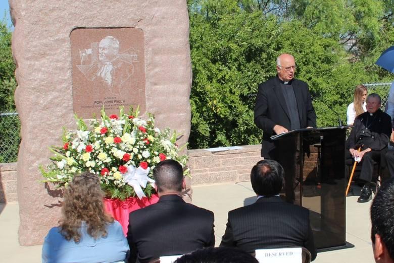 Ks. prałat Franciszek Kurzaj przypomniał słowa Jana Pawła II, który mówił 25 lat temu, że emigranci z Teksasu są mu szczególnie bliscy.