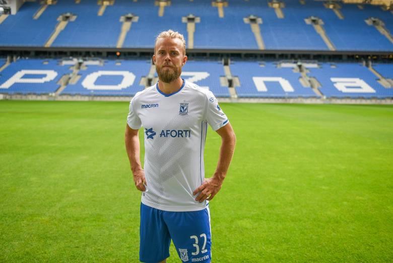 Christian Gytkjaerokoło 200 tys. zł miesięczniePrzejdź dalej i sprawdź zarobki kolejnego piłkarza --->
