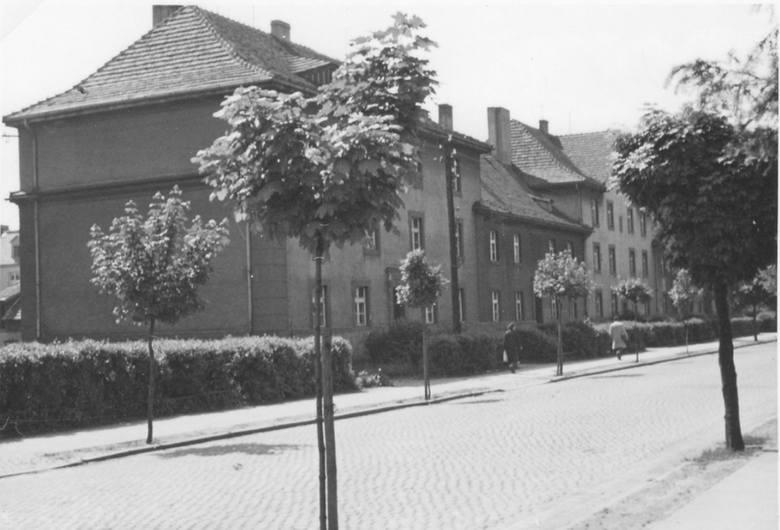 Rodzinna kamienica Heinza Piontka przy ul. Byczyńskiej w Kluczborku.