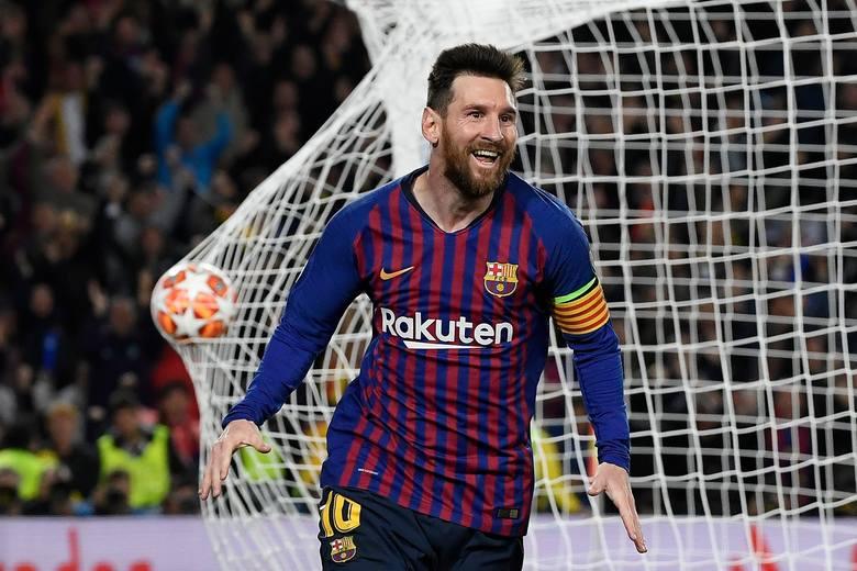 """127 milionów dolarów - tyle według wyliczeń amerykańskiego magazynu """"Forbes"""" - zarobił w ciągu ostatniego roku Lionel Messi.  Pod uwagę"""