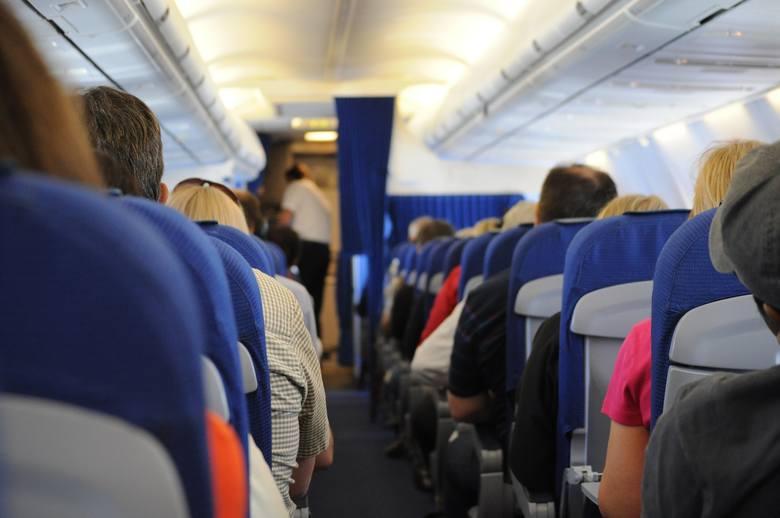 Kolejne kraje z zakazem lotów do Polski? MSW publikuje nową listę. Zobacz na kolejnych slajdach >>>