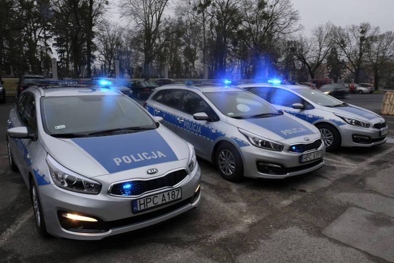 Czym jeździ policja w województwie kujawsko-pomorskim? Sprawdziliśmy, jakie radiowozy trafiły w ostatnim czasie do policjantów w naszym regionie. Zobaczcie