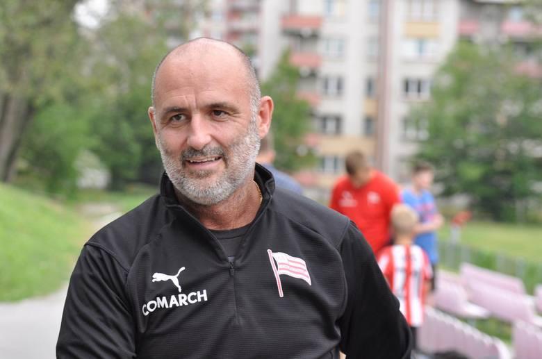 Trener - Michał Probierz (Cracovia)Po koszmarnym początku ubiegłego sezonu, dopiero ten rok pokazał, że praca Michała Probierza w Cracovii przynosi efekty.