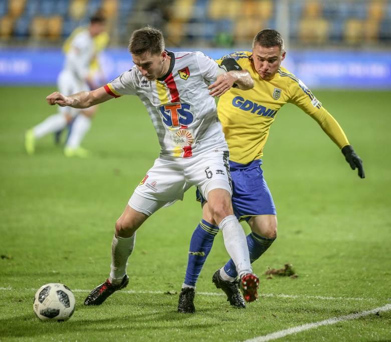 Jagiellonia w ubiegłym sezonie trzykrotnie mierzyła się z Arką Gdynia i wygrała każdy z meczów. W lidze białostoczanie pokonali gdynian dwukrotnie w