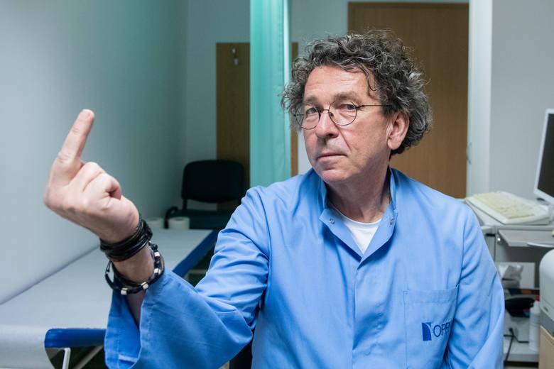 Onkolodzy pokazują faka już od lat, ale wysuwają go w kierunku nowotworów [ROZMOWA]