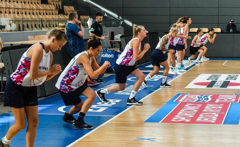 Koszykarki KS Basket 25 Bydgoszcz wznowiły w poniedziałek treningi.  Wspólne przygotowania do nowego sezonu rozpoczęły w Artego Arenie. W nadchodzącym