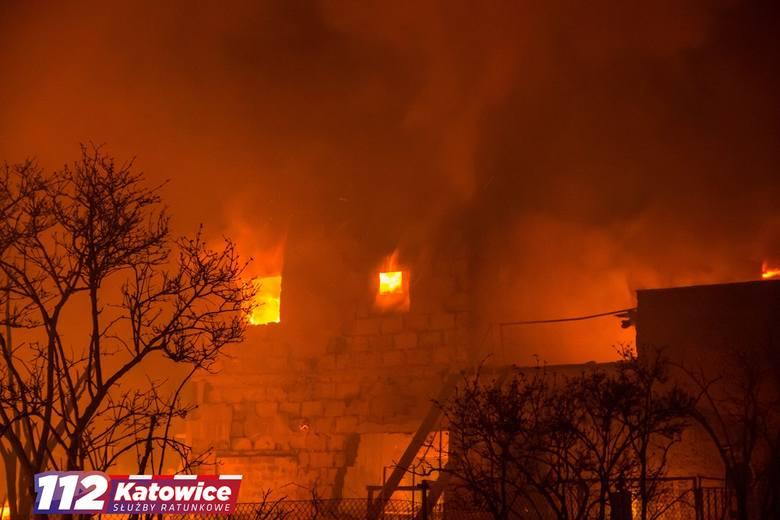 Wielki pożar zakładu w Siemianowicach Bańgowie