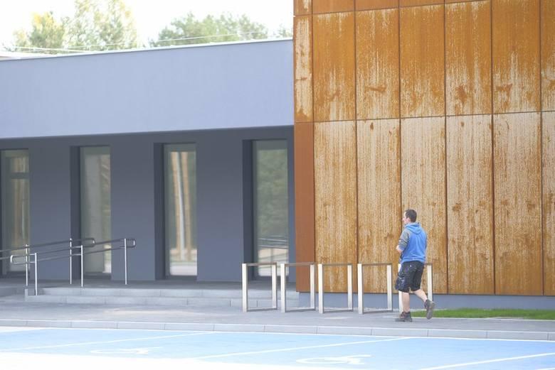 Nowoczesna elewacja budynku nowego przedszkola przy ul. Grasera wielu mieszkańcom Torunia się nie podoba