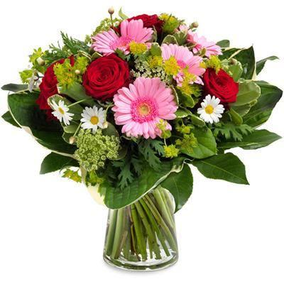 Najlepsze prezenty na Dzień Babci. Nasze propozycje. Dzień Babci 2018 już w niedzielę 21 stycznia.Bukiet kwiatów, dostarczony przez kurieraDobry pomysł