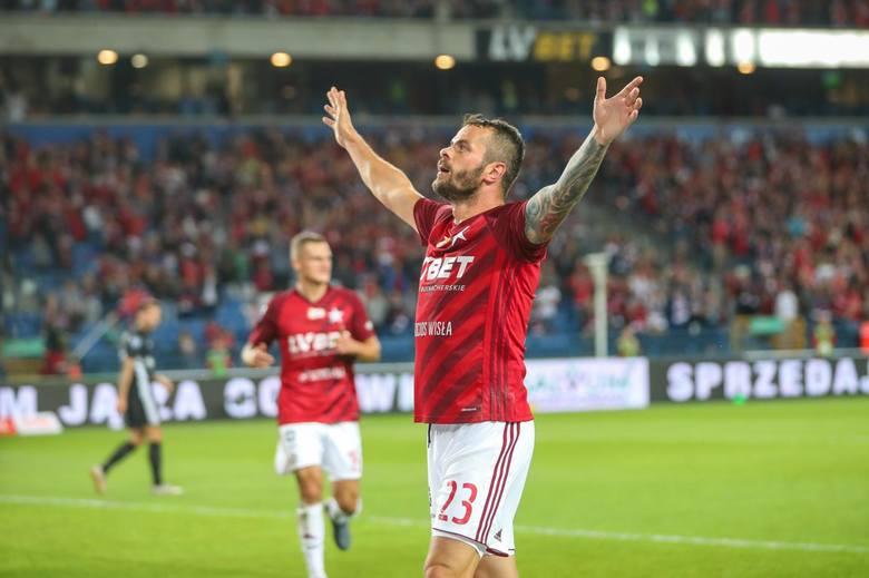 Wydaje się, że kariera dwukrotnego króla strzelców Ekstraklasy również zmierza do mety. Początek obecnego sezonu miał znakomity - zanotował serię 7 goli