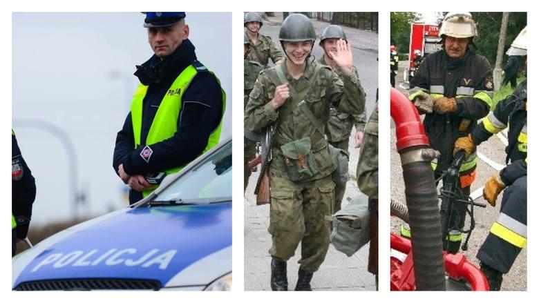 Tyle zarabiają żołnierze, strażacy i policjanci w Polsce. Zobacz nowe stawki!