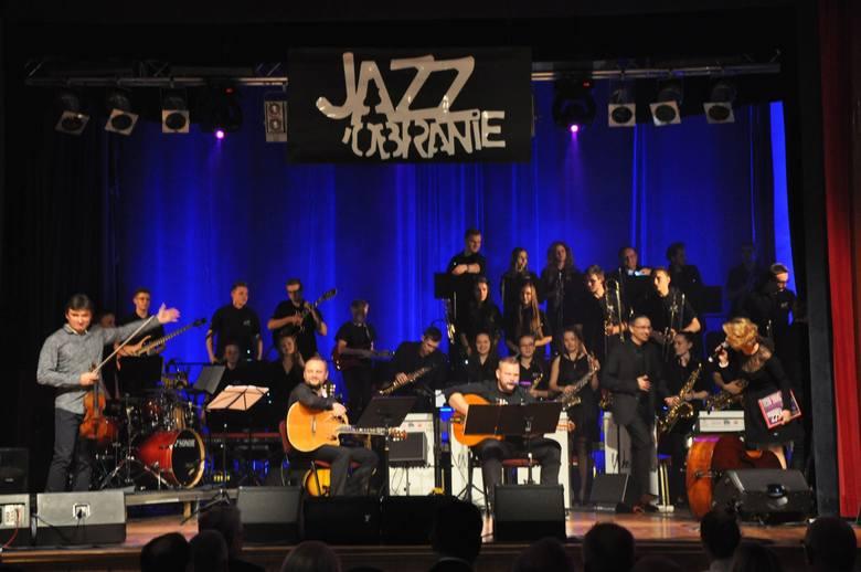 Niemal równo o północy zakończył się XIV festiwal Jazzobranie w Oleśnie. W tym roku formuła koncertu była nieco inna. Nie było gwiazdy światowego formatu,