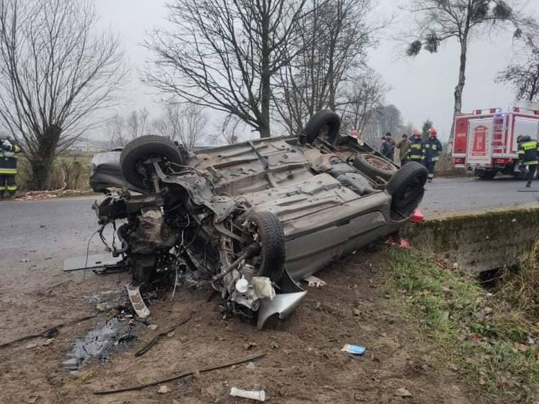 Ulatowo-Pogorzel. Poważny wypadek drogowy, 27.11.2019. Po ciężko rannego kierowcę przyleciał śmigłowiec