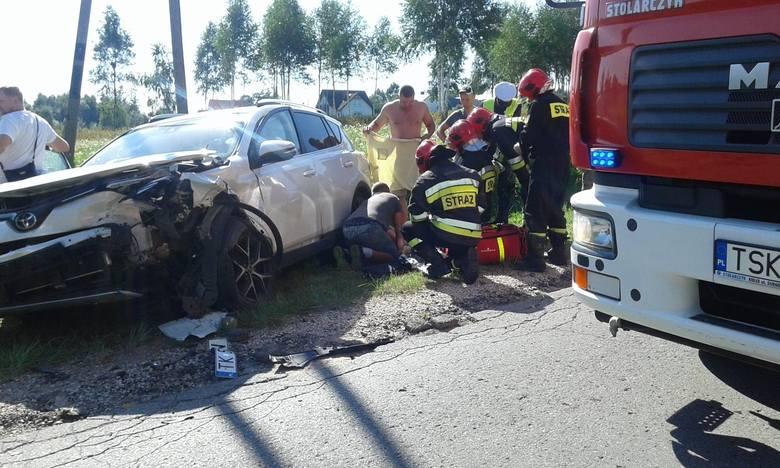 Do dramatycznego wypadku doszło we wtorek na lokalnej drodze między wsiami Zalezianka i Występa  w gminie Łączna w powiecie skarżyskim. Na wąskiej drodze