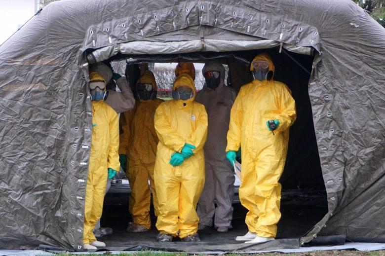 Od ponad dwóch tygodni w szpitalach trwa walka z epidemią
