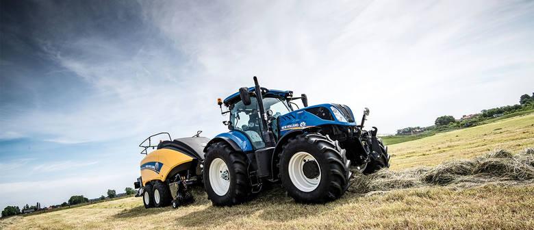 Niebieskie traktory z wynikiem 304 zarejestrowanych egzemplarzy w marcu napędzały sprzedaż całego rynku