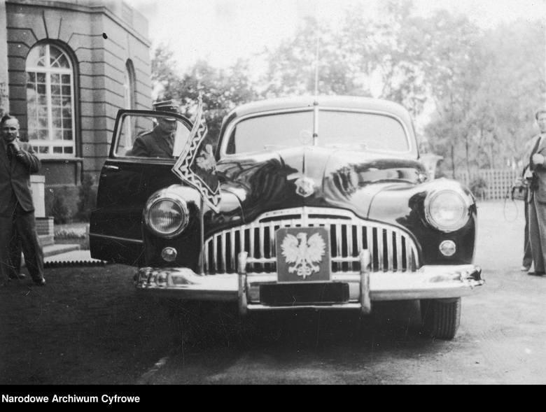 Buick Super (model 1946), 1947 rokBuick Super – samochód osobowy produkowany pod amerykańską marką Buick w latach 1940 – 1959. Powstało pięć generacji