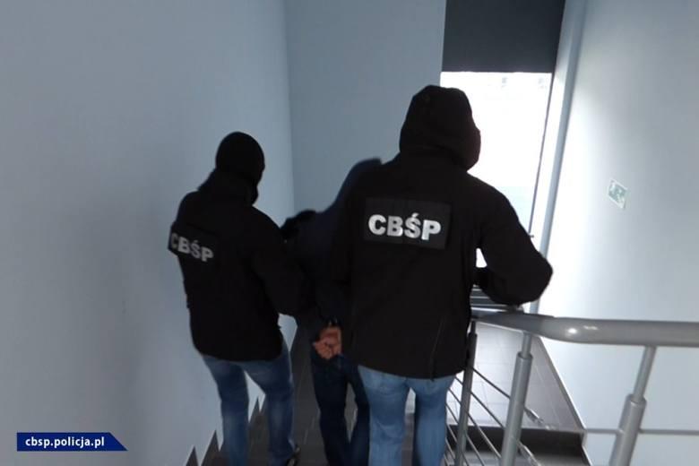 Policjanci CBŚP odzyskali samochody skradzione na terenie Europy, o wartości prawie 2,3 mln zł. Zatrzymali także 51 osób, które są podejrzane o udział